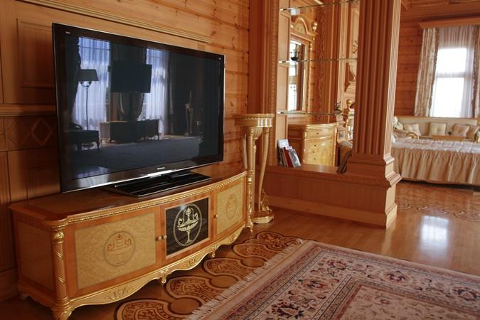 Дом Януковича в Межигорье.