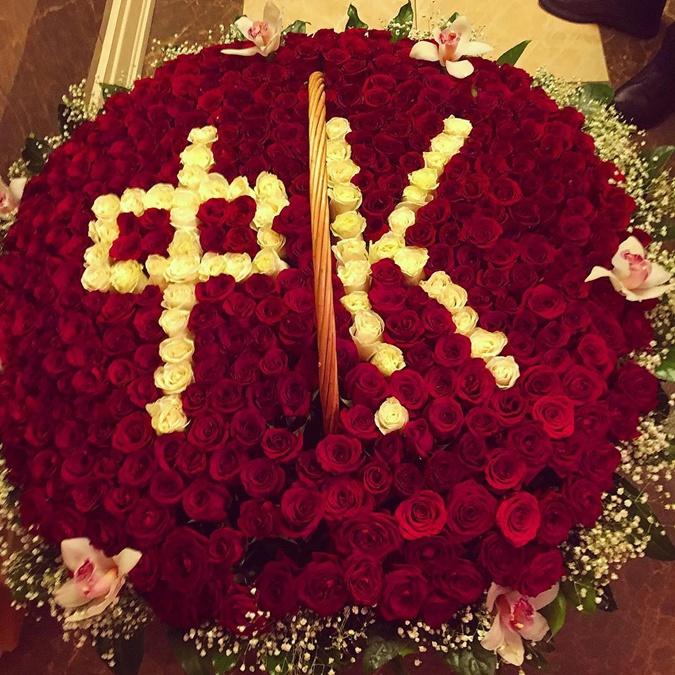 Ани Лорак преподнесла подарок Киркорову во время премьеры его шоу.
