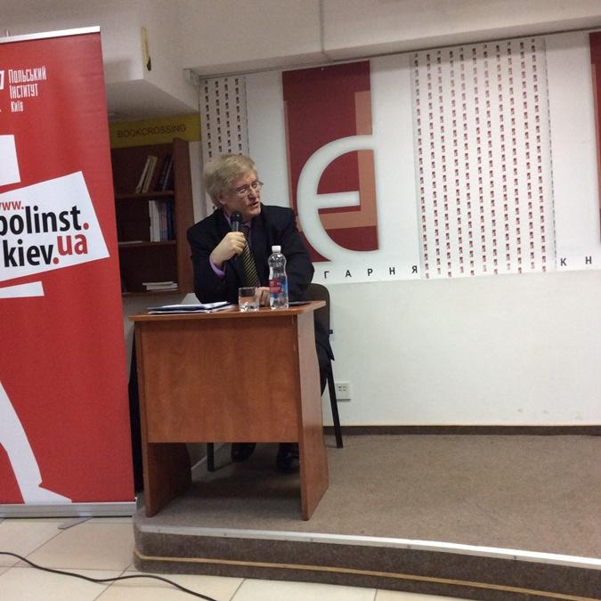 Сергей Пролеев не уверен, что Украина готова перенять польский опыт.