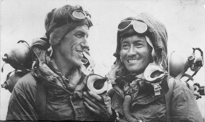 Вряд ли Эдмунд Хиллари сумел бы стать первым покорителем Эвереста, если бы не его проводник Тенцинг Норгей.