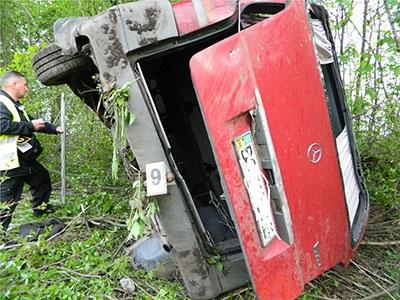 Микроавтобус сподростками перевернулся вТернопольской области: есть жертвы