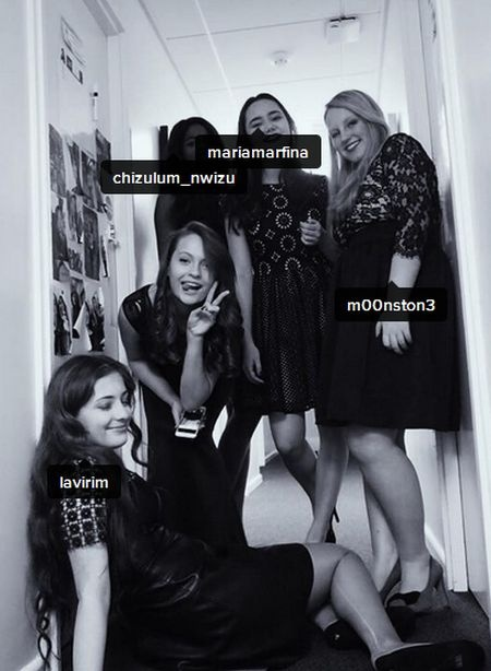 Александра Порошенко (крайняя слева) со своими подругами. Фото: Facebook , Instagram,  Concord College