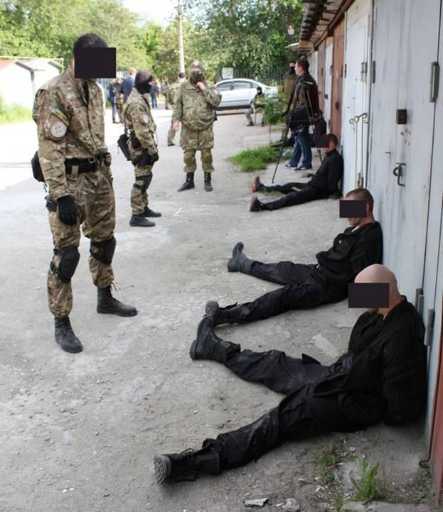 В Запорожье задержали банду, которая виртуозно грабила банки и ломбарды фото 2