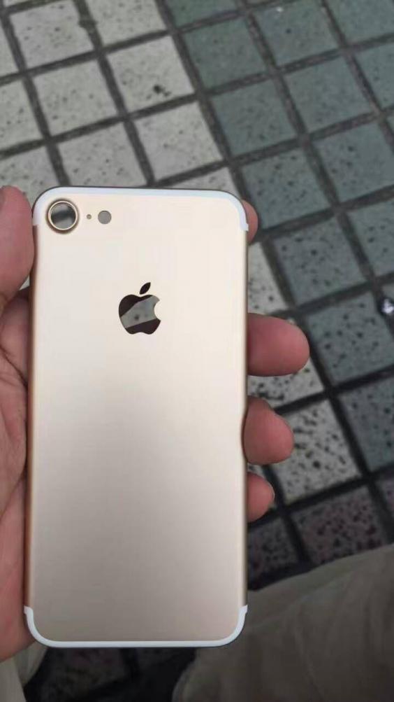 Предполагаемый iPhone 7.