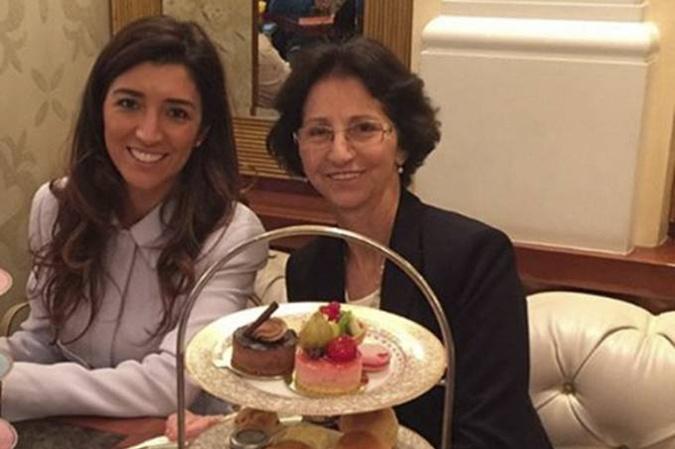 Фабиана Флози с матерью.