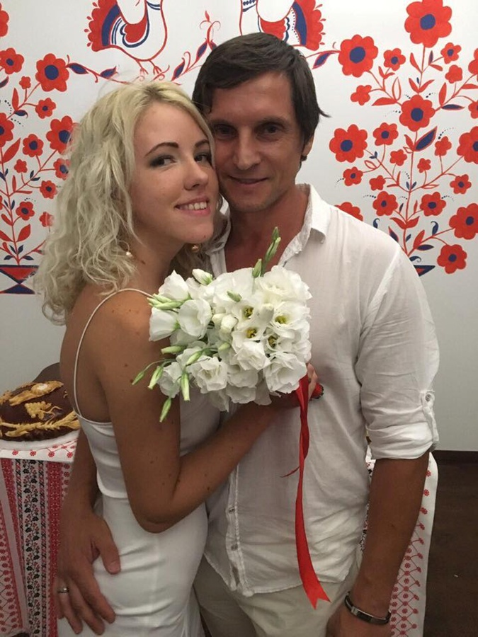 Виталий Годулян и Ольга Нечаева уже однажды попытали счастья в быстрой росписи. Фото: Соцсети