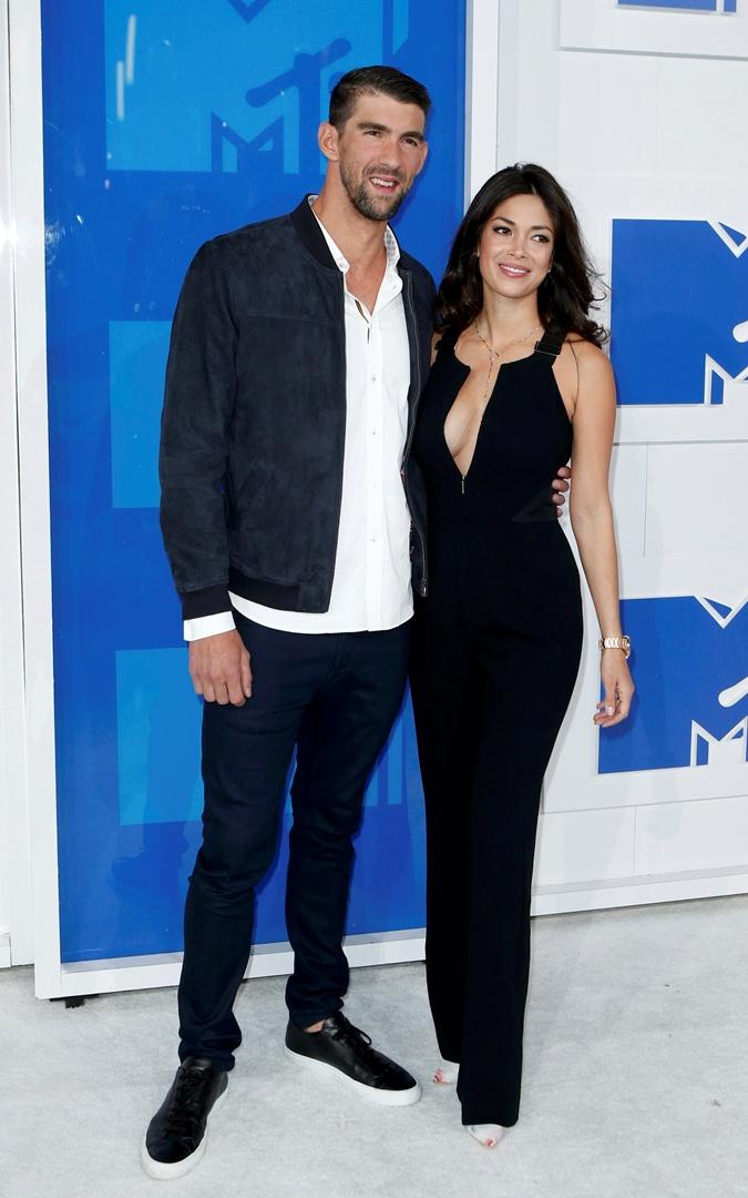 Майкл Фелпс и Николь Джонсон на церемонии MTV Video Music Awards.