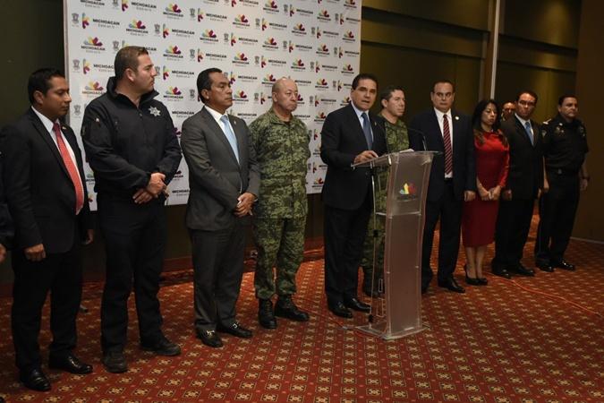 Губернатор штата выразил сожаления семьям погибших.