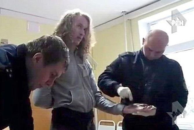 17-летний Влад хотел погибнуть при задержании.