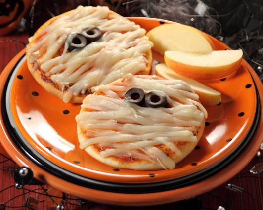 Мини-пиццы мумии на хэллоуин