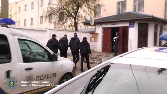 ВРовенской области задержали участников банды автоугонщиков