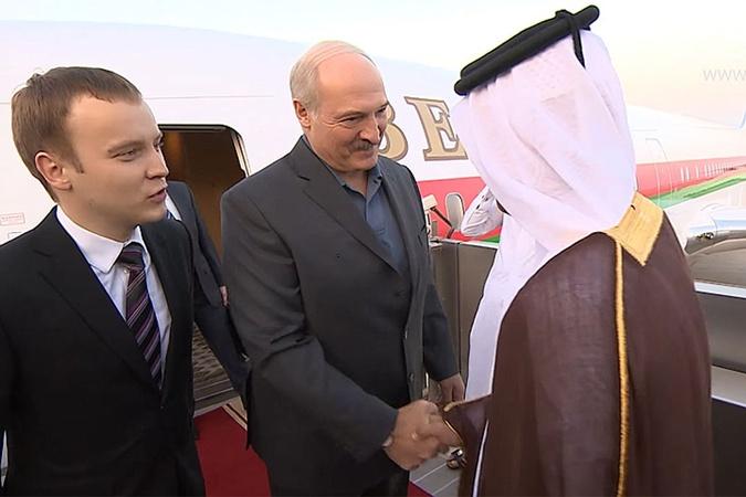 Лукашенко прилетел в Катар еще в прошлом месяце.