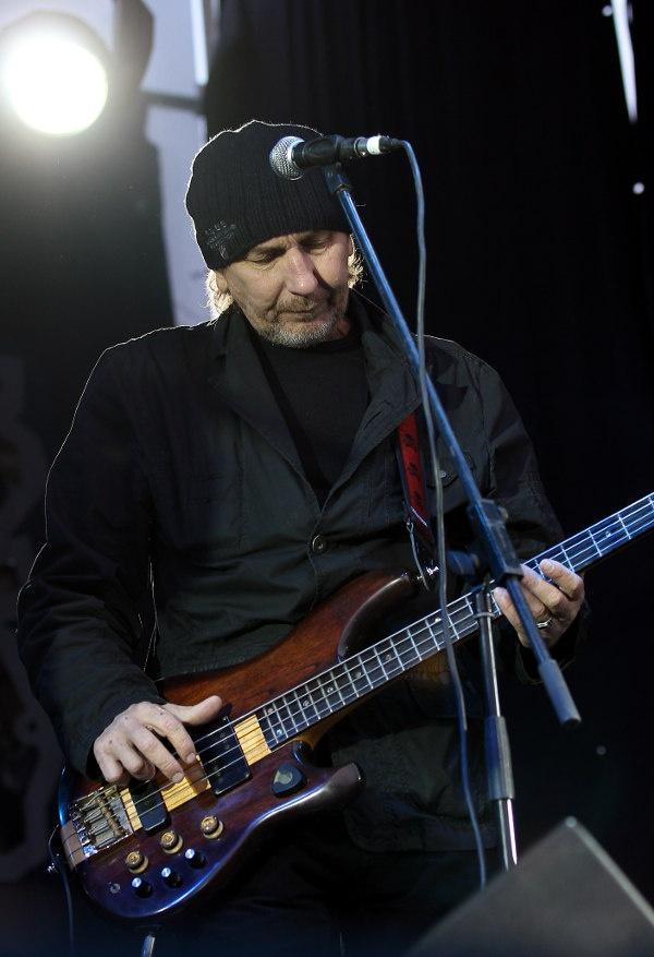 Гитаристу украинской рок-группы