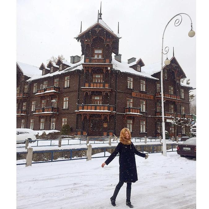 Известная белорусская модель Наталья Макей задохнулась угарным газом