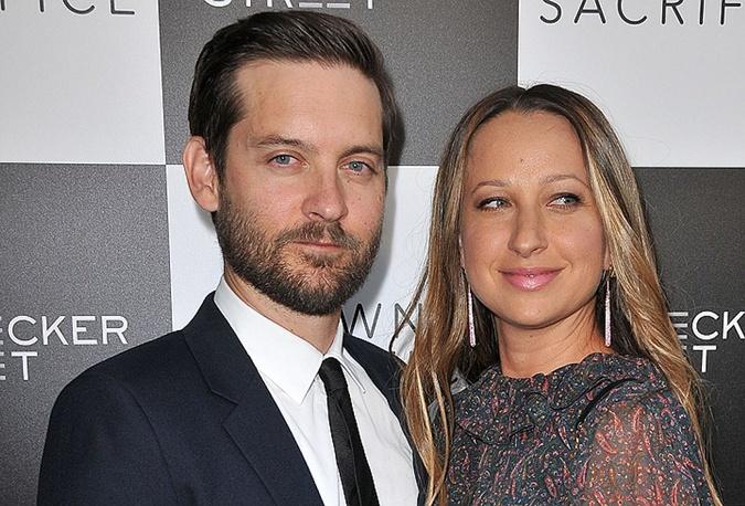 Тоби Магуайр с экс-супругой Дженнифер Мейер.