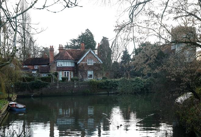Дом певца в Оксфордшире.