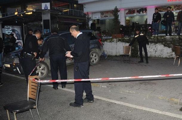 ВСтамбуле вресторане неизвестный устроил стрельбу