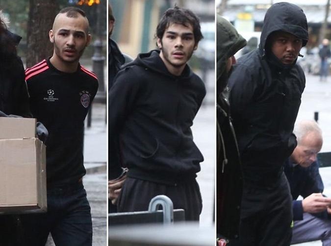 Трое из 17 задержанных по делу об ограблении.