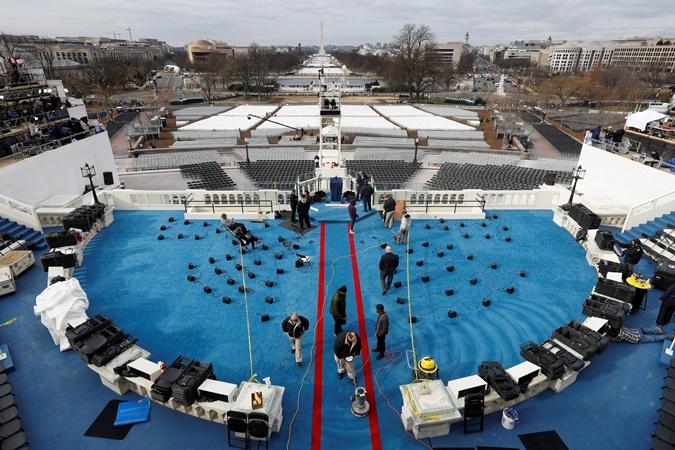 Западное крыло Капитолия готовят к инаугурации.