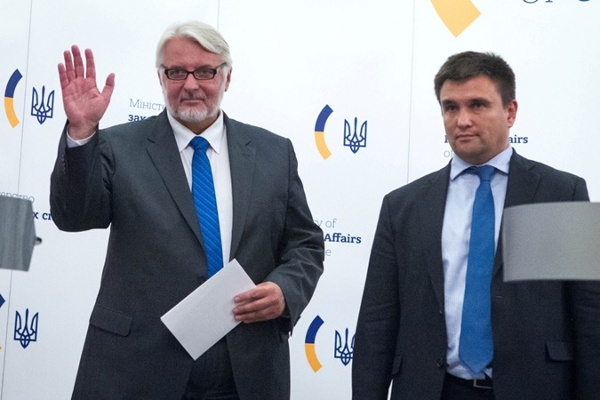 Министры иностранных дел Украины и Польши Павел Климкин и Витольд Ващиковский во время пресс-конференции в Киеве. Фото: gottstat.com