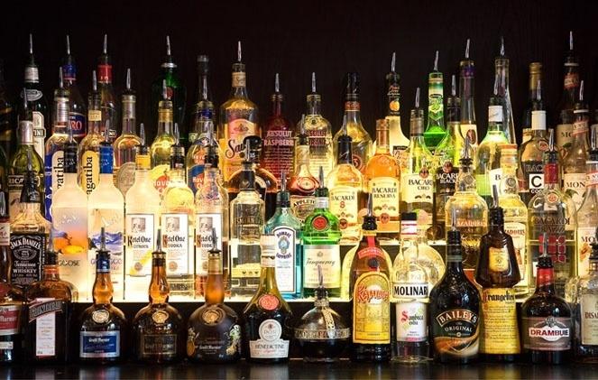Все, что вы хотели знать о водке. Фото: КНК Медиа