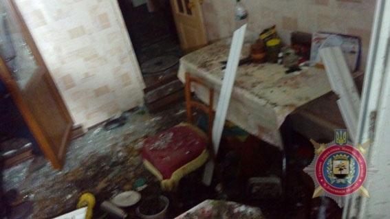 Ночью обстреляли  Сартану: снаряды попали в дом семьи с тремя детьми фото 4