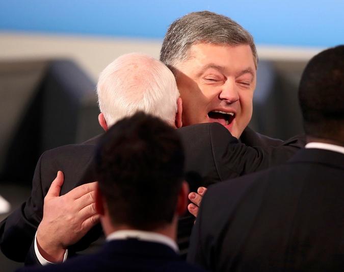 Петр Порошенко и сенатор Джон Маккейн.