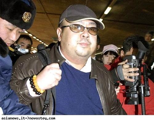 Видео убийства Ким Чен Нама: после отравления он был в сознание и мог ходить  фото 1