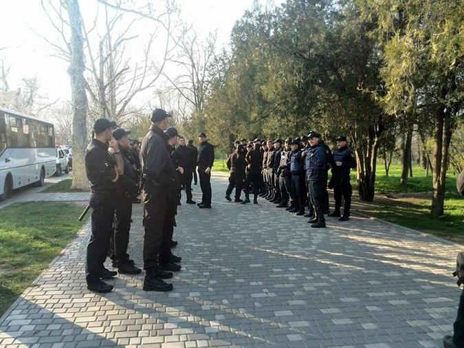 Одесса замерла в ожидании новой драки на День освобождения города фото 2