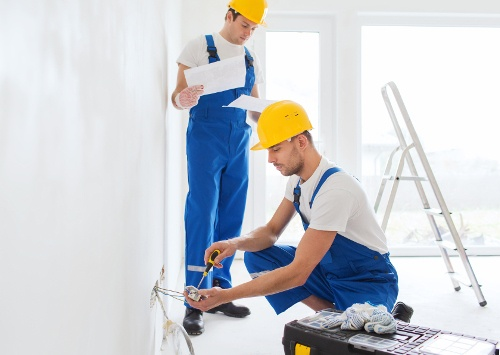 Факт. Как сэкономить при ремонте квартиры. Расчет электрики фото 1