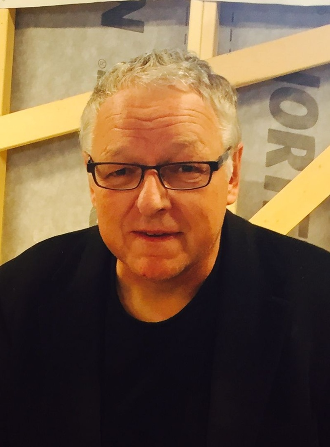 Рой Якобсен.