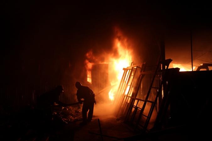 ВХмельницкой области горел завод полиэтиленовых изделий