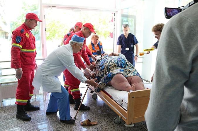 Чтобы доставить Светлану в больницу понадобился специальный медицинский экипаж.