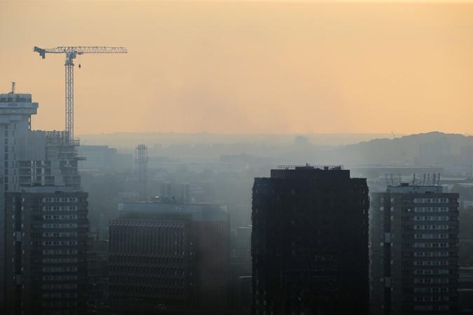 Шесть человек погибли впожаре вжилом доме Лондона
