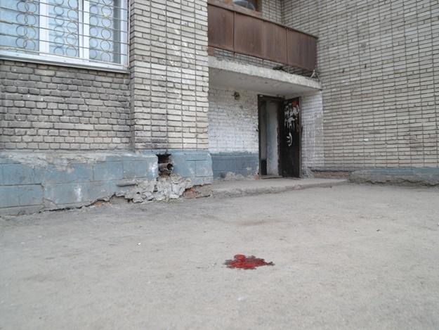 В Одессе женщина выкинула из окна девятого этажа кошку и собаку на глазах своих детей  фото 1