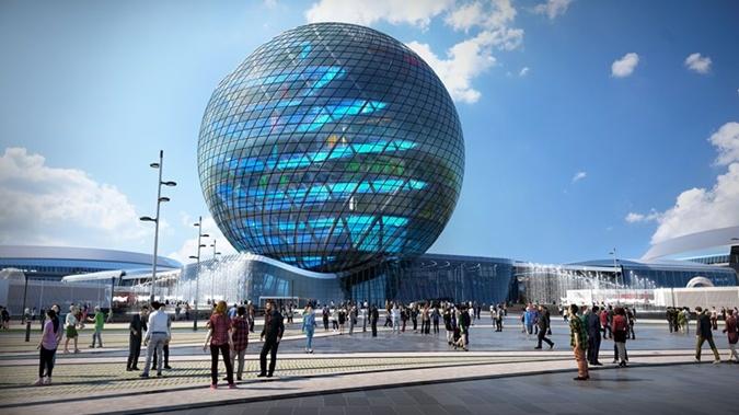 Страна-хозяйка Казахстан построила павильон в виде шара высотой 100 метров