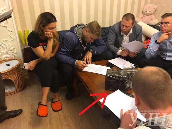 «Дело Трояна»: зам Авакова вовремя обыска напал наоперативников сружьем