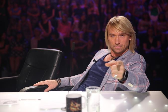 Олег Винник пока только приглядывается к звездным коллегам в шоу. Фото: пресс-служба СТБ