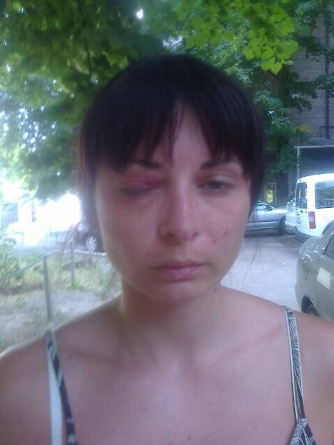 Фото Дарьи, якобы сделанное после задержания матерью.