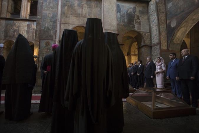 О чем Порошенко с семьей молились в День Независимости  фото 1