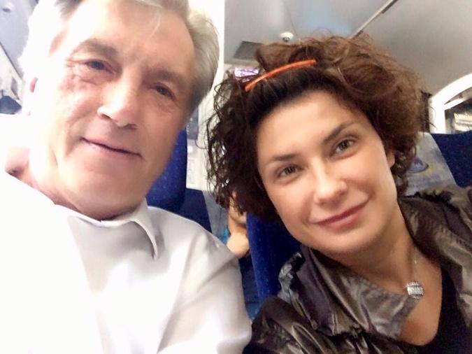 Ющенко и его пресс-секретарь протестировали поезд из Киева в Перемышль.