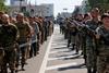 По главной улице Донецка под стволами автоматов провели пленных военнослужащих
