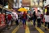 По улицам Гонконга среди протестующих разгуливает Спайдермен