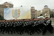 Кому нужен военный парад 24 августа