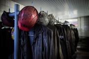 Рабочие в зоне АТО ждут зарплату и боятся безработицы