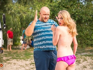 Блондинка из  Дизель Шоу :  Если предложат обнаженку в мужском журнале, я – за обеими руками