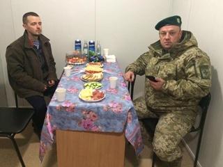 Единственного спасенного моряка с  Героев Арсенала  доставили в Украину