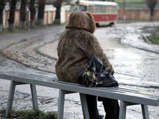 В Днепре снова бушует стихия: город накрыло снежно-ледяным дождем