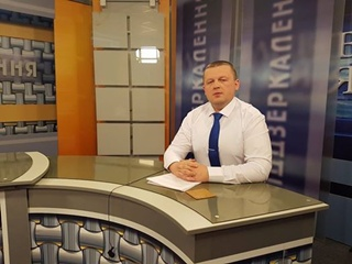 Завтра вообще интернет отключат! : юрист из Чугуева подал иск против Порошенко
