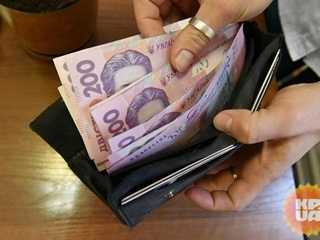 Почему украинцы по-прежнему берут зарплаты в конвертах